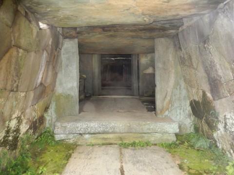 埼玉県行田市にある関東の石舞台「八幡山古墳石室」の公開日は?