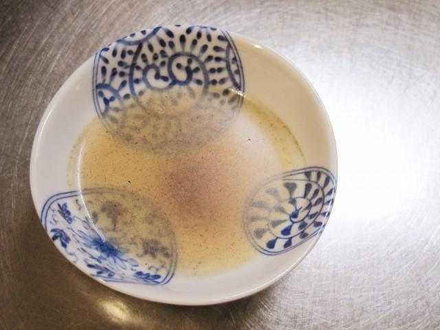 餃子の絶品タレ「酢コショウ」