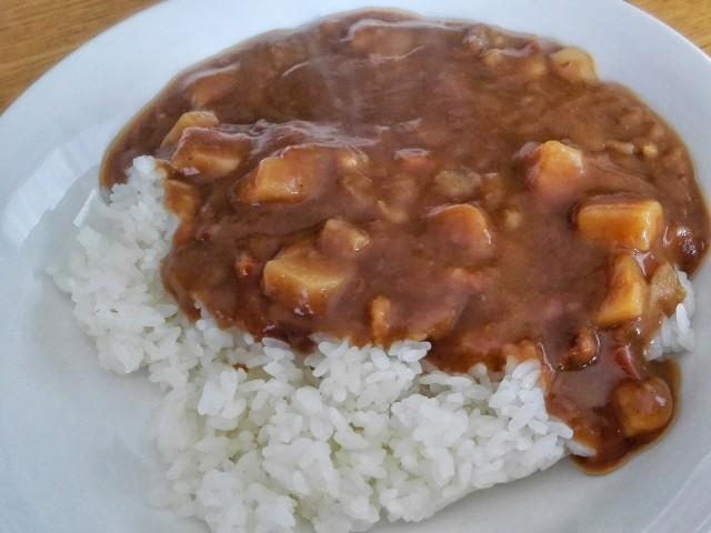 ローソンのレトルト食品の中辛カレー②
