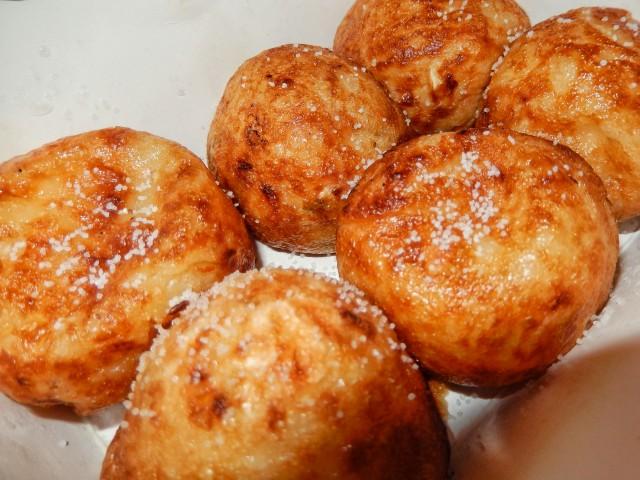 コンビニの冷凍たこ焼をネギ塩アレンジ②