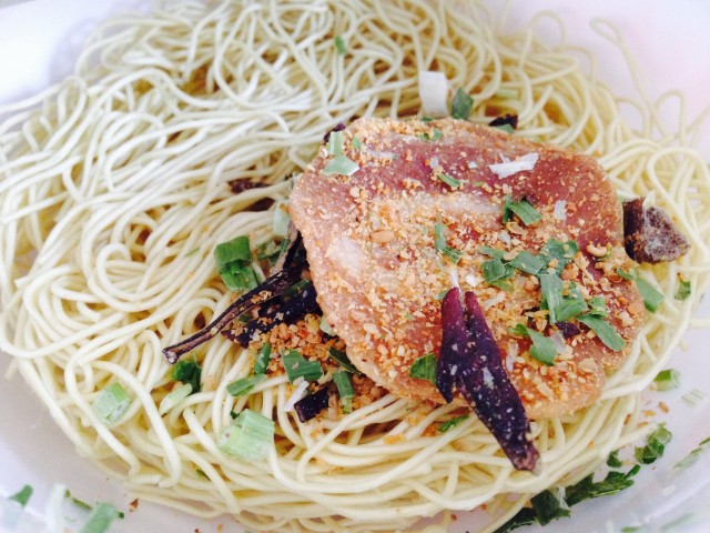 ヤマダイのカップ麺「凄麺 熟炊き博多とんこつ」②