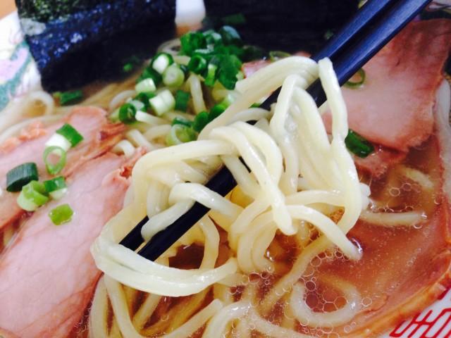 埼玉にある塩ラーメンの名店!銘店伝説「ぜんや」を食べてみた。④