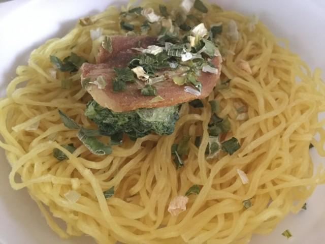 ヤマダイのカップ麺「凄麺 横浜とんこつ家」③