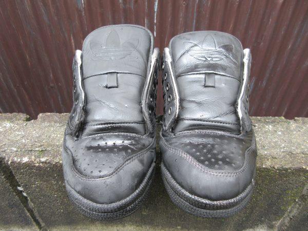 染めQで靴の色を替える工程②