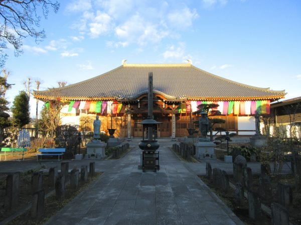 埼玉県上尾市にある遍照院の本堂