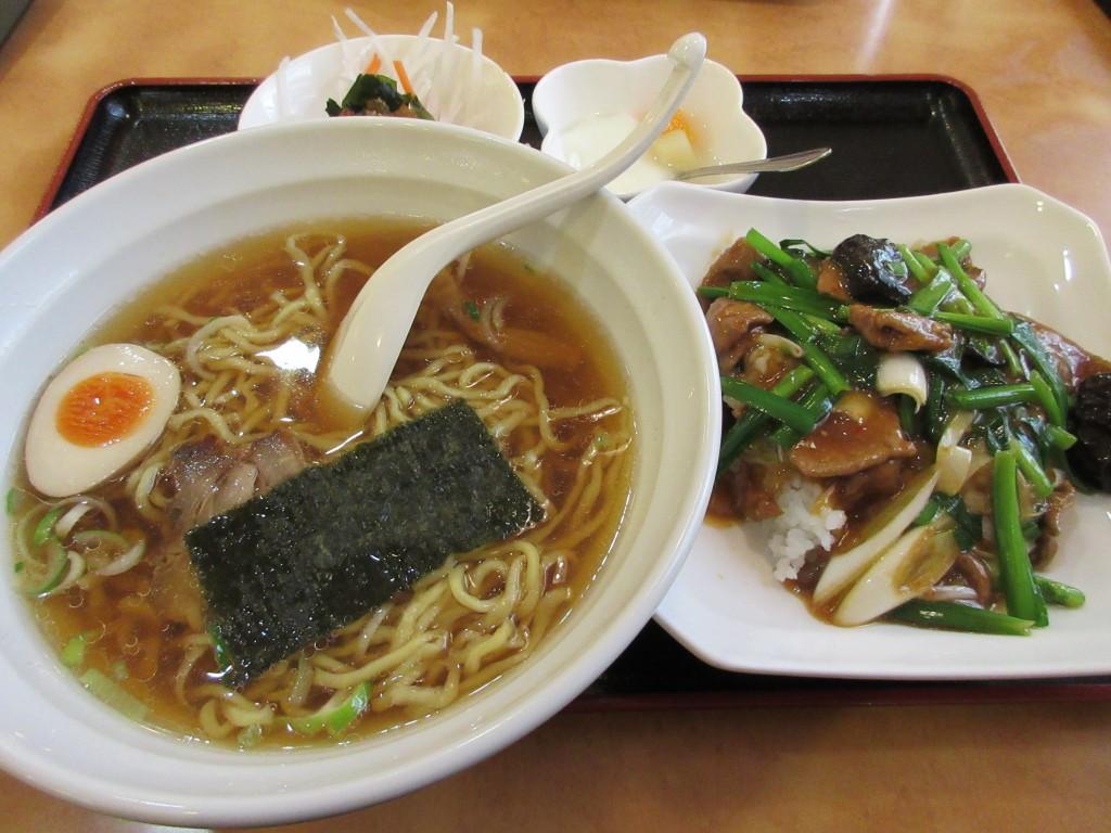 露華(西台/グルメ)コスパ最高!590円のランチが絶品の中華料理店。