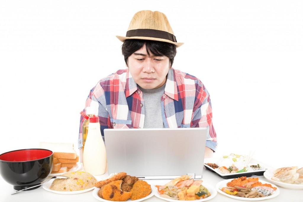ブログのアクセス数は食べ物のレビューをコツコツ書くだけでもアップする。