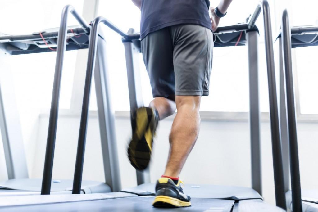 無理は禁物!ぎっくり腰や腰痛を予防するのは継続した運動。