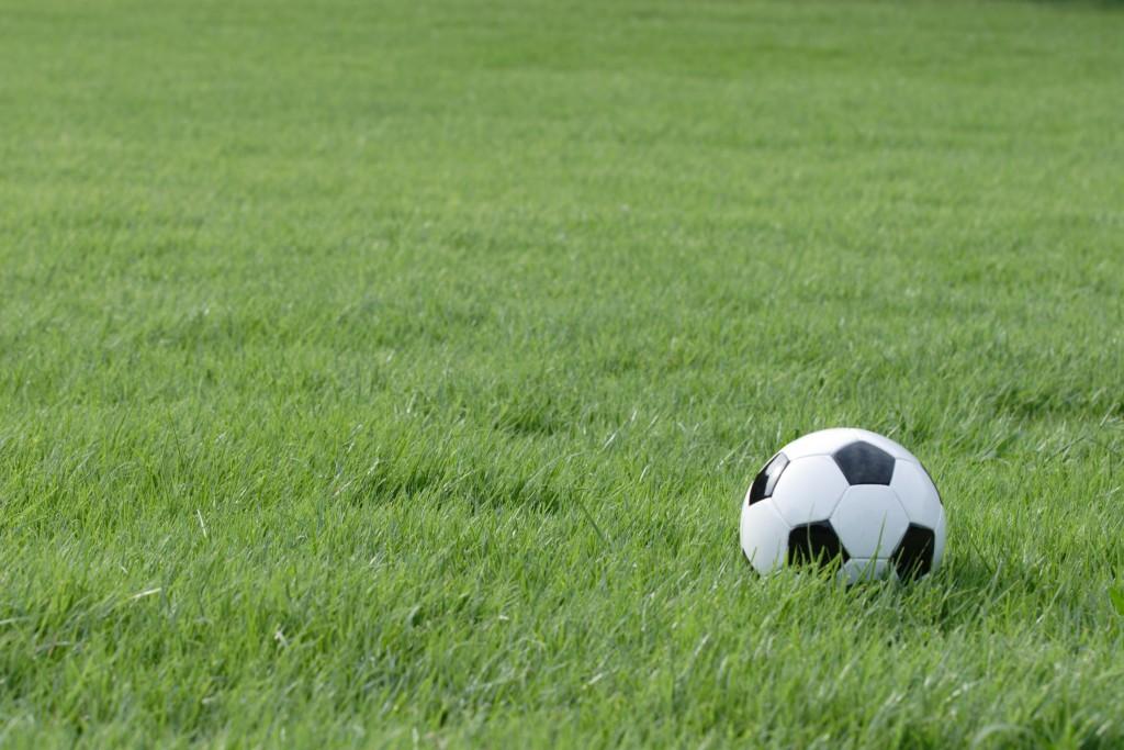 トラップ上達のコツ!ファーストタッチ向上でサッカーは格段にうまくなる。
