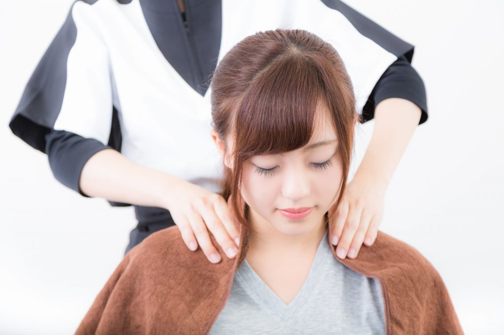 肩こりの原因は枕にある?ダメな枕と悩みを解消する枕の見分け方。