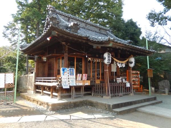 川越熊野神社(川越/観光)縁結びのご利益と足踏み健康ロードが有名。
